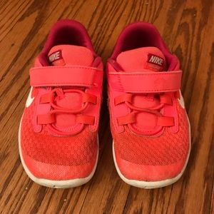 Toddler Girls Nike Sneakers EUC